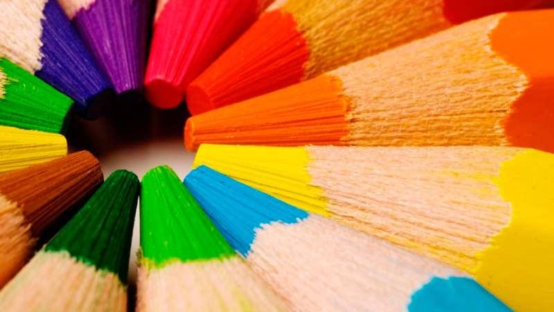 Planse si desene de colorat