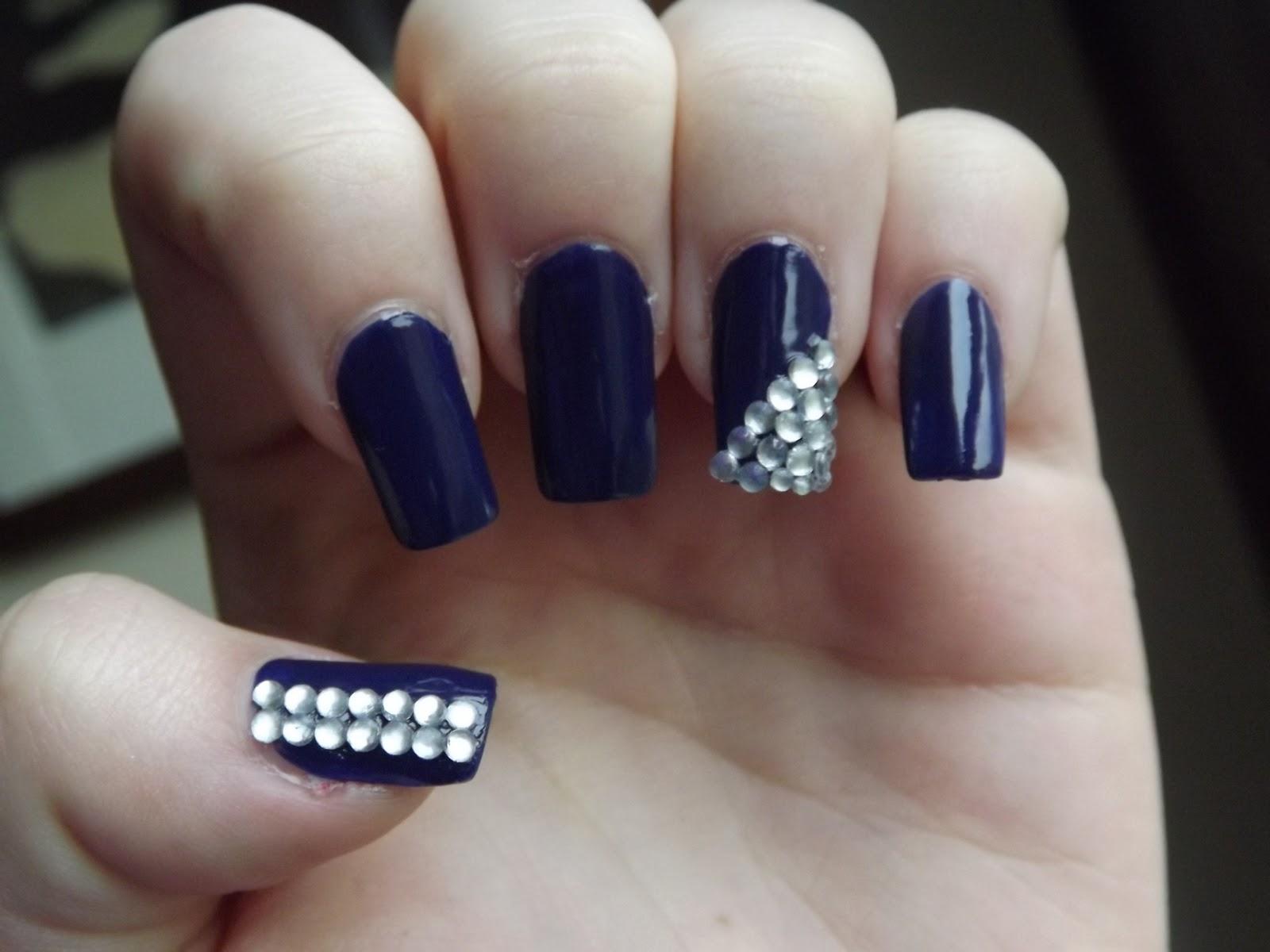 Bijuterii pe unghii cu gel 3