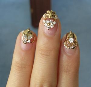 Bijuterii pe unghii cu gel 4