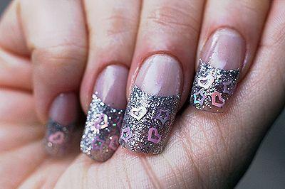 Modele de unghii cu desene 55