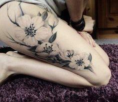 Tatuaje picior fete 12
