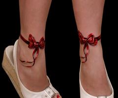 Tatuaje picior fete 14