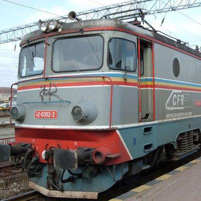 Coliziune intre un tir si un tren RegioTrans