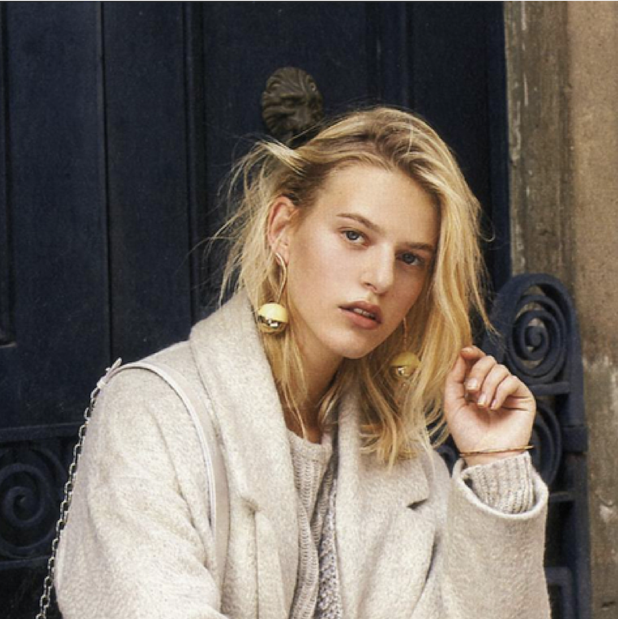 Line Kjaergaard este o frumusete daneza clasica